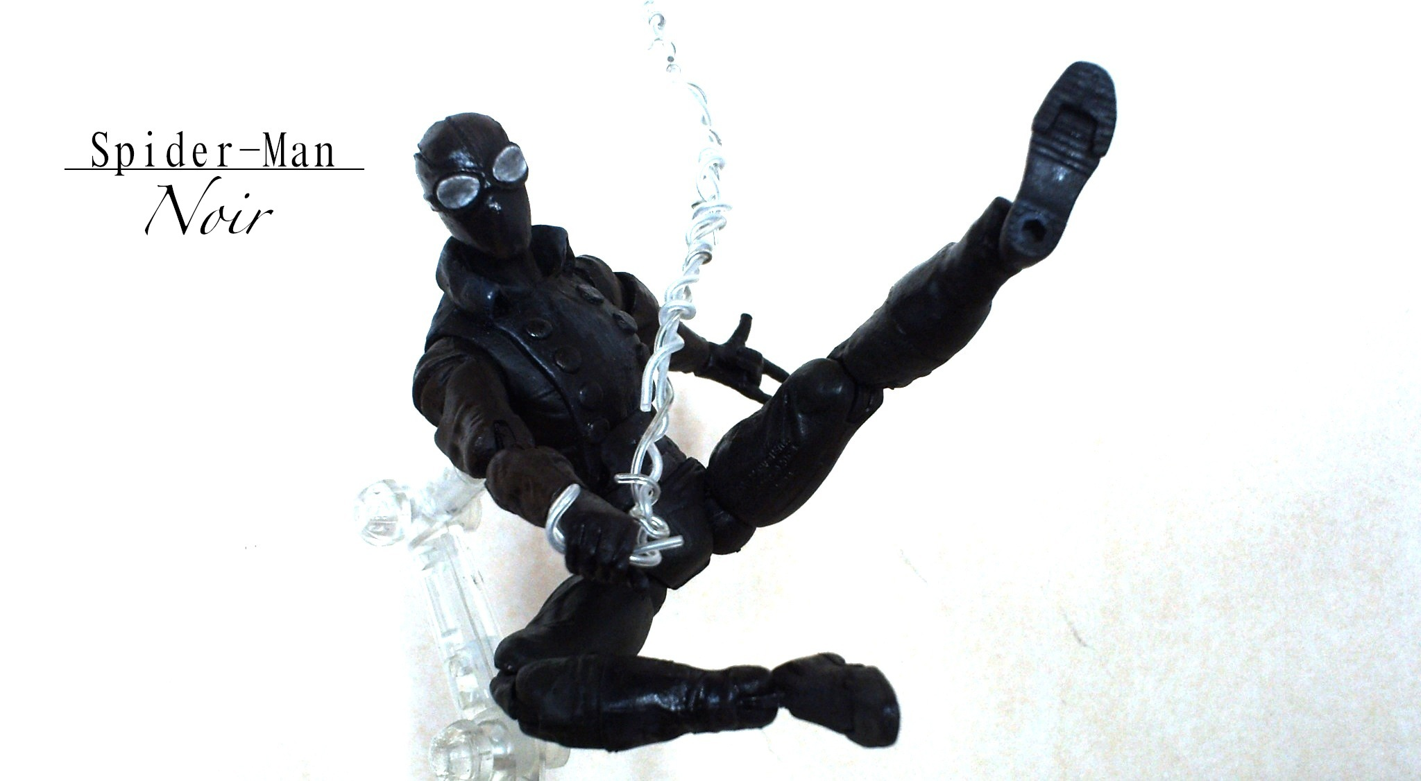 Marvel noir spider man noir mwb - Spiderman noir 3 ...
